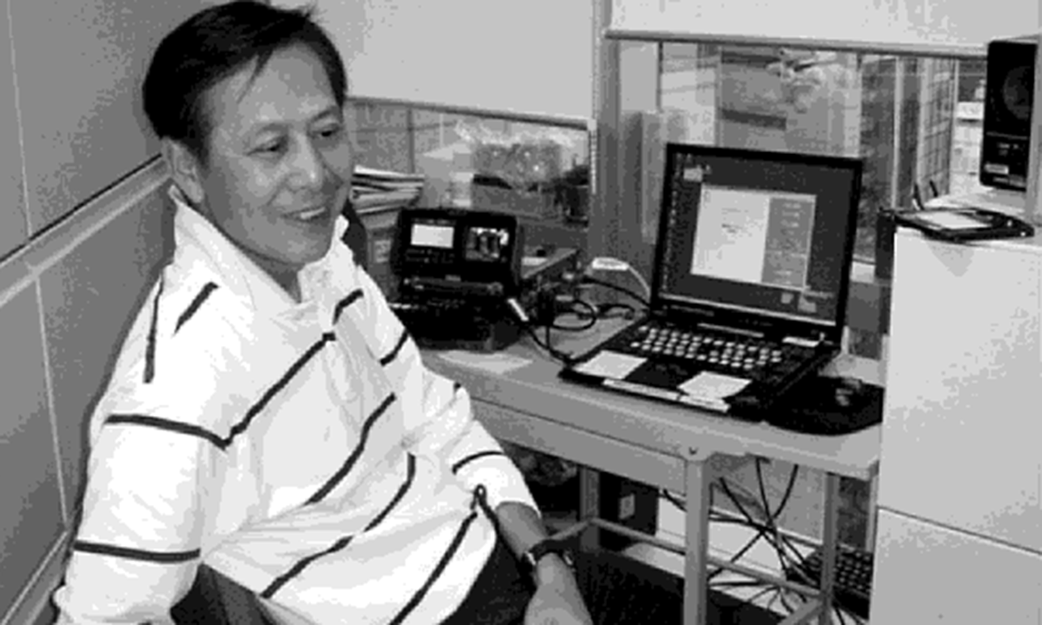 AC - EDDY LI WITH EDITING EQUIPMENT 2013-05-12 at 11.49.03 PM